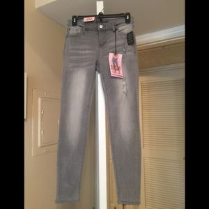 *NWT* Fashion Nova gray jeans